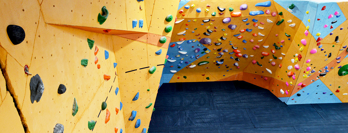 indoor bouldering gym at uva in charlottesville virginia